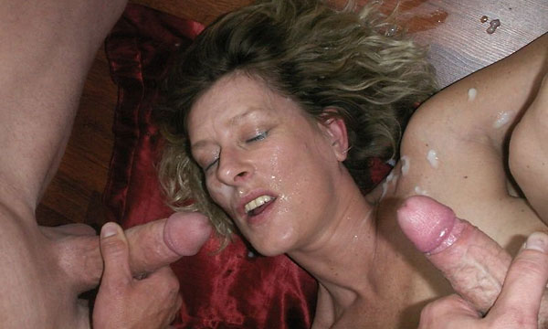 Multiple facial cum shot